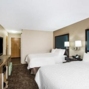 Hotels near Cleveland Metroparks Zoo, Cleveland, OH