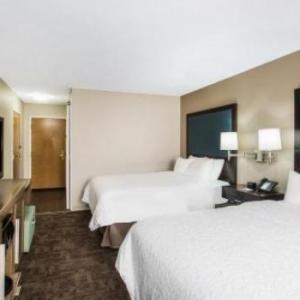 Hotels near Cleveland Metroparks Zoo - Hampton Inn Cleveland Airport-Tiedeman Rd