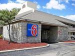 Potsdam Ohio Hotels - Motel 6 Dayton -Englewood
