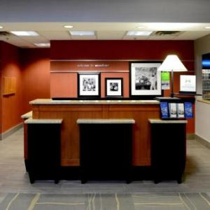 Hampton Inn & Suites Windsor On