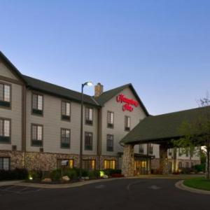 Stanford and Sons Comedy Club Kansas City Hotels - Hampton Inn Kansas City Village West