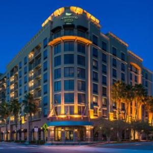 Top Rated Hotel near Jacksonville Veterans Memorial Arena