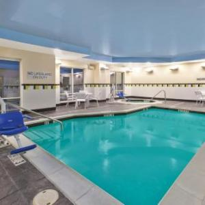 Kentucky Horse Park Hotels - Fairfield Inn & Suites By Marriott Lexington North