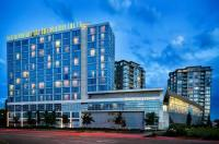 The Westin Wall Centre, Vancouver Airport Image