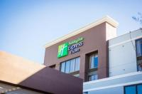 Holiday Inn Express Hotel & Suites Austin Airport Image