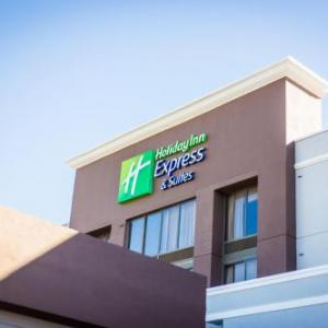 Holiday Inn Express Hotel & Suites Austin Airport