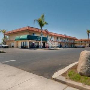 Hotels near Kern County Raceway Park - Vagabond Inn Bakersfield South
