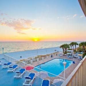 Book Now Beachside Resort (Panama City Beach, United States). Rooms Available for all budgets. Located on the white sands of West Panama City Beach this full-service beachfront Beachside Resort features a seasonally heated beachfront outdoor pool with a hot tub poolside
