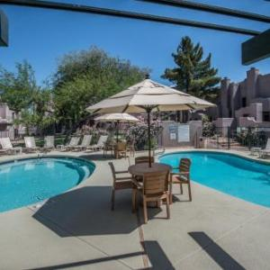 Hotels near Harold's Corral - Villas of Cave Creek