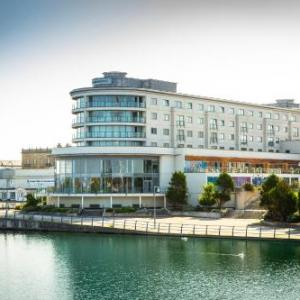 Hotels near Waterfront Southport - Bliss Hotel Southport