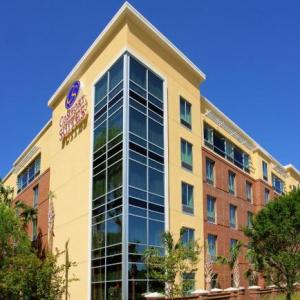 Hotels near West Ashley High School - Comfort Suites West Of The Ashley