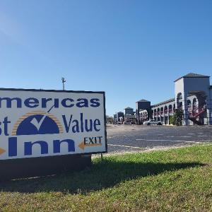 Americas Best Value Inn San Antonio (At & T Center)