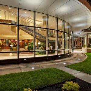 Koessler Athletic Center Hotels - Embassy Suites Buffalo