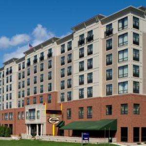Hotels near Houston Field House - Hilton Garden Inn Troy