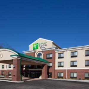 Secrest Auditorium Hotels - Holiday Inn Express Hotel & Suites Zanesville North