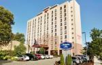 East Elmhurst New York Hotels - Hampton Inn New York - Laguardia Airport