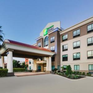 Holiday Inn Express Northwest Near Sea World