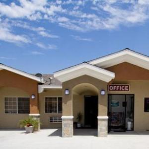 Hotels near La Santa Santa Ana - West Coast Inn Santa Ana