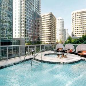 Hotels near The Centre In Vancouver For Performing Arts - Shangri-La Hotel Vancouver