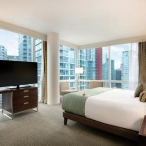 Vancouver Convention Center Hotels - COAST COAL HARBOUR HOTEL by APA