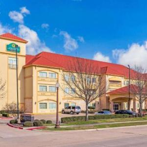 Texas Motorplex Hotels - La Quinta Inn & Suites By Wyndham Ennis
