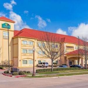 Texas Motorplex Hotels - La Quinta by Wyndham Ennis