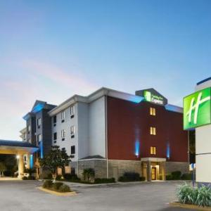 The Pensacola High School Hotels - Holiday Inn Express And Suites Pensacola West-Navy Base