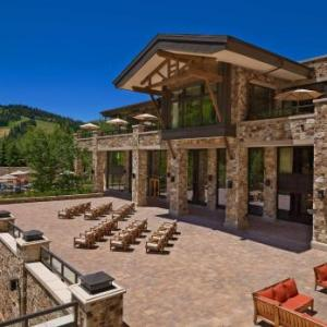 Snow Park Outdoor Amphitheater Hotels - St. Regis Deer Valley