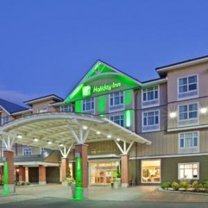 Hotels near Fraser Downs Racetrack and Casino - Holiday Inn Hotel & Suites Surrey East - Cloverdale