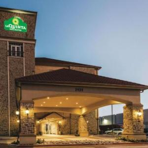 The Potters House Hotels - La Quinta Inn & Suites Dallas Grand Prairie South