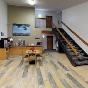 Waconia Inn and Suites