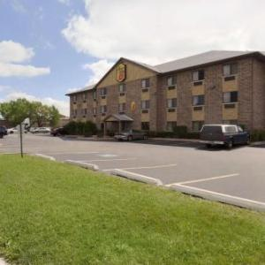 Hotels near Toyota Park - Super 8 Bridgeview
