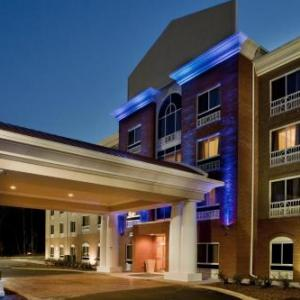 Lonnie Poole Golf Course Hotels - Holiday Inn Express Hotel & Suites Raleigh Sw - At Nc State