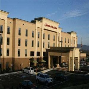 Luray Caverns Hotels - Hampton Inn And Suites Woodstock