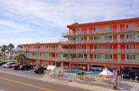 Beachwalk Inn Image