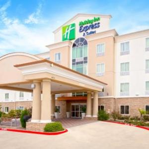 Hotels near The Potters House - Holiday Inn Express Hotel & Suites Dallas West