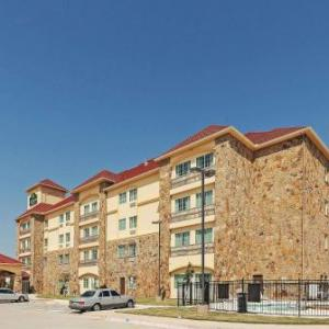 Hotels near Craig Ranch - La Quinta Inn & Suites Mckinney