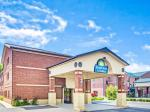 Clarksville Indiana Hotels - Days Inn & Suites By Wyndham Jeffersonville In