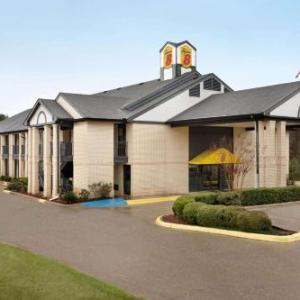 Hotels near J.C. Love Field at Pat Patterson Park - Super 8 Motel Ruston