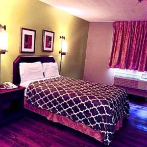 Stay Express Inn & Suites - San Antonio Sea World/Medical Center