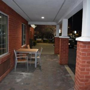 Country Inn & Suites by Radisson Hagerstown MD