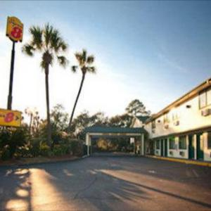 Hotels near Marina Civic Center - Super 8 By Wyndham Panama City