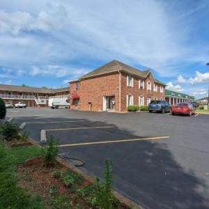 Hotels near Kentucky Railway Museum - Old Bardstown Inn Bardstown