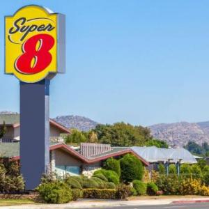 Spooky House Chatsworth Hotels - Super 8 By Wyndham Canoga Park
