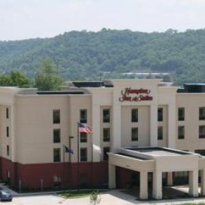 Hotels near Riverbend Music Center - Hampton Inn And Suites Wilder