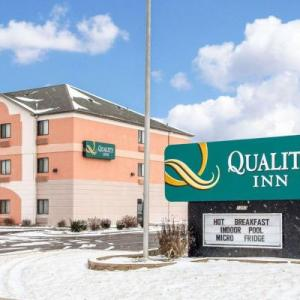 Hotels near Lake County Fairgrounds Crown Point - Quality Inn Merrillville