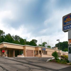 St John Arena Steubenville Hotels - Best Western PLUS University Inn Steubenville