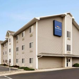 Hotels near Washington County Fairgrounds Arlington - Baymont By Wyndham Fremont
