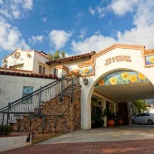 Hotels near Libbey Bowl - Chantico Inn