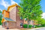 Belleville Michigan Hotels - Super 8 By Wyndham Belleville